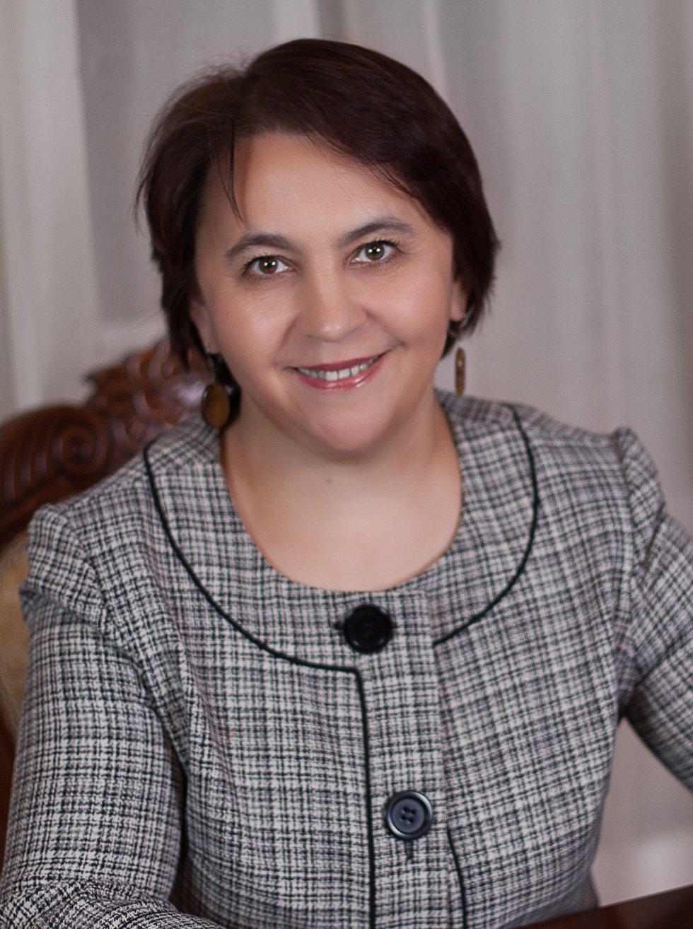 Баянова Лариса Фаритовна