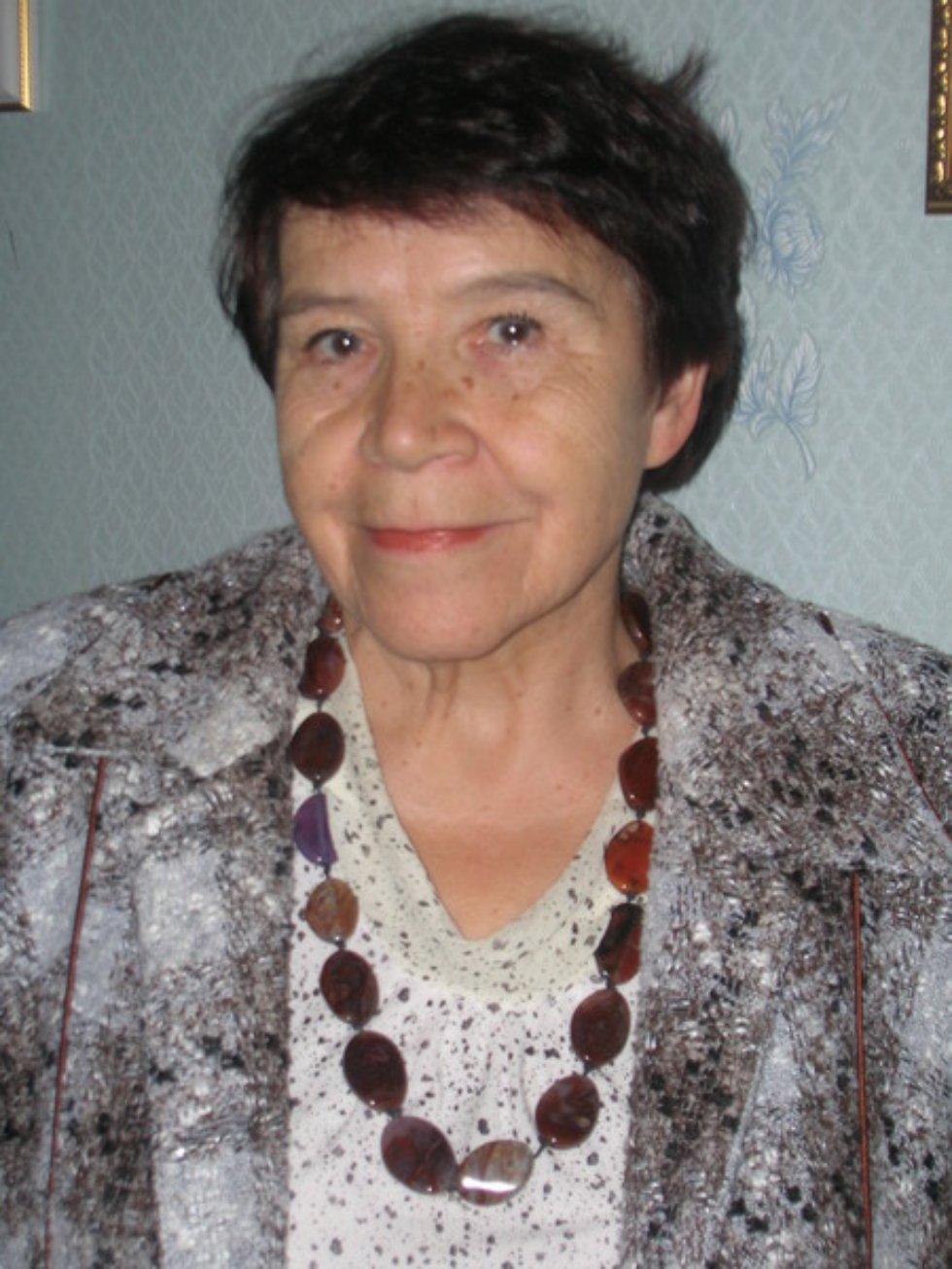 Ахметова Симбуль Абдулловна