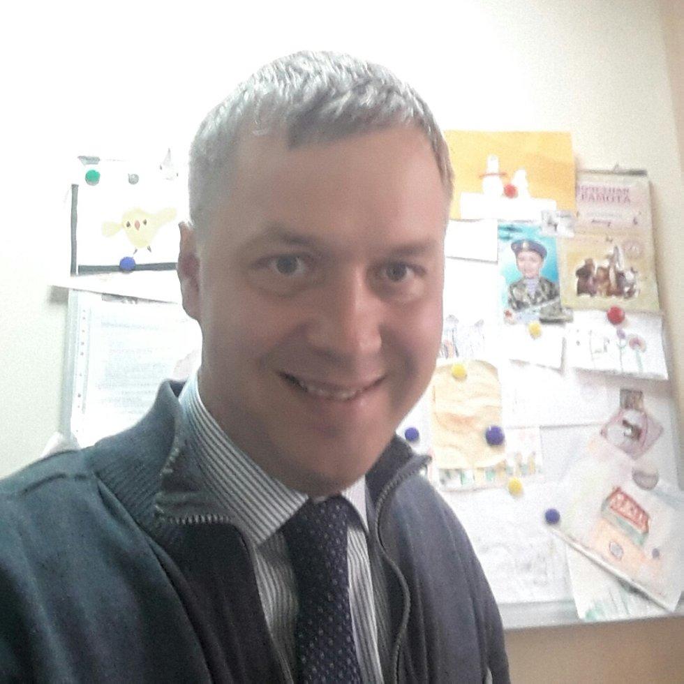 Попов Михаил Леонидович