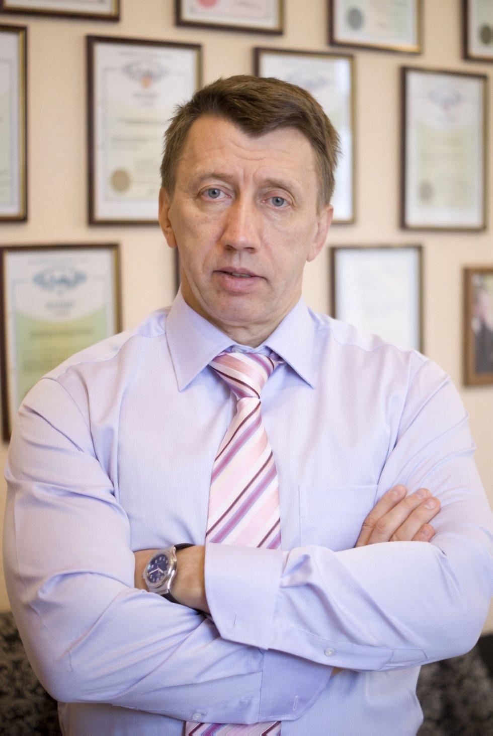 Ламберов Александр Адольфович