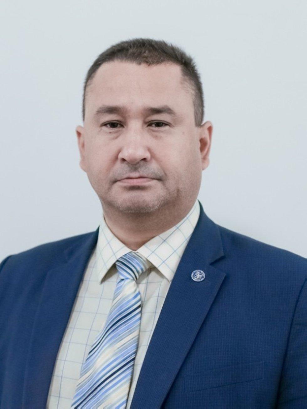 Гузейров Ришат Арифуллович